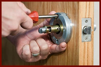 Locksmith Lock Store Boston, MA 617-466-3727